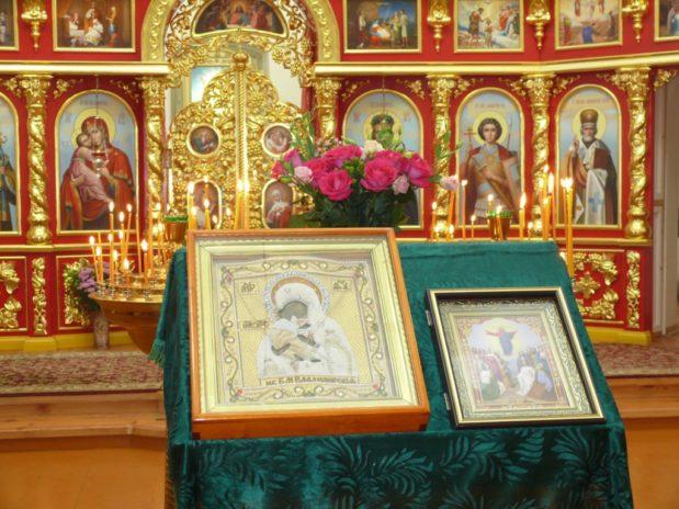 Престольный Праздник в Троекуровском монастыре